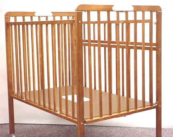Picture of recalled portable wood crib - Compact cribs small spaces model ...