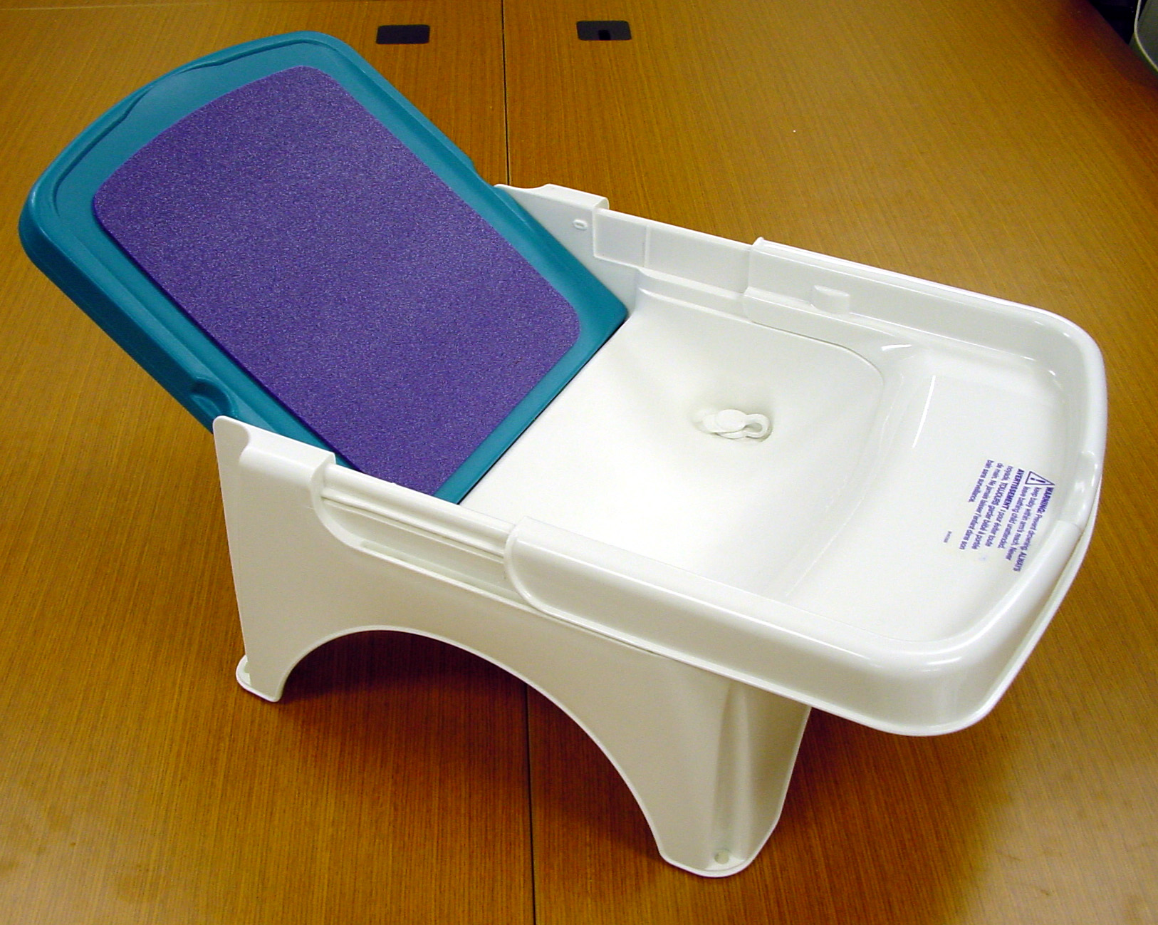 picture of combo baby tub step stool. Black Bedroom Furniture Sets. Home Design Ideas